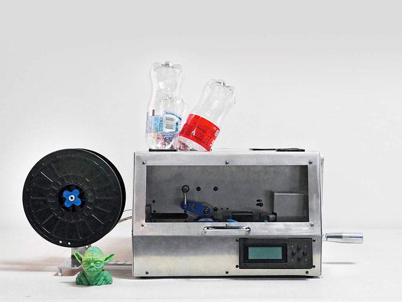 Drucker, der Kunststoff recycelt