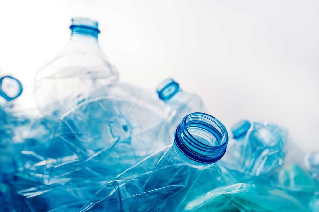 PET bottled water unhealthy contains phthalates