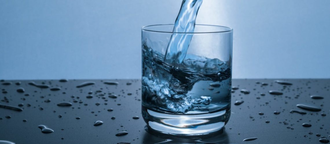 drink 3 liters of water per day