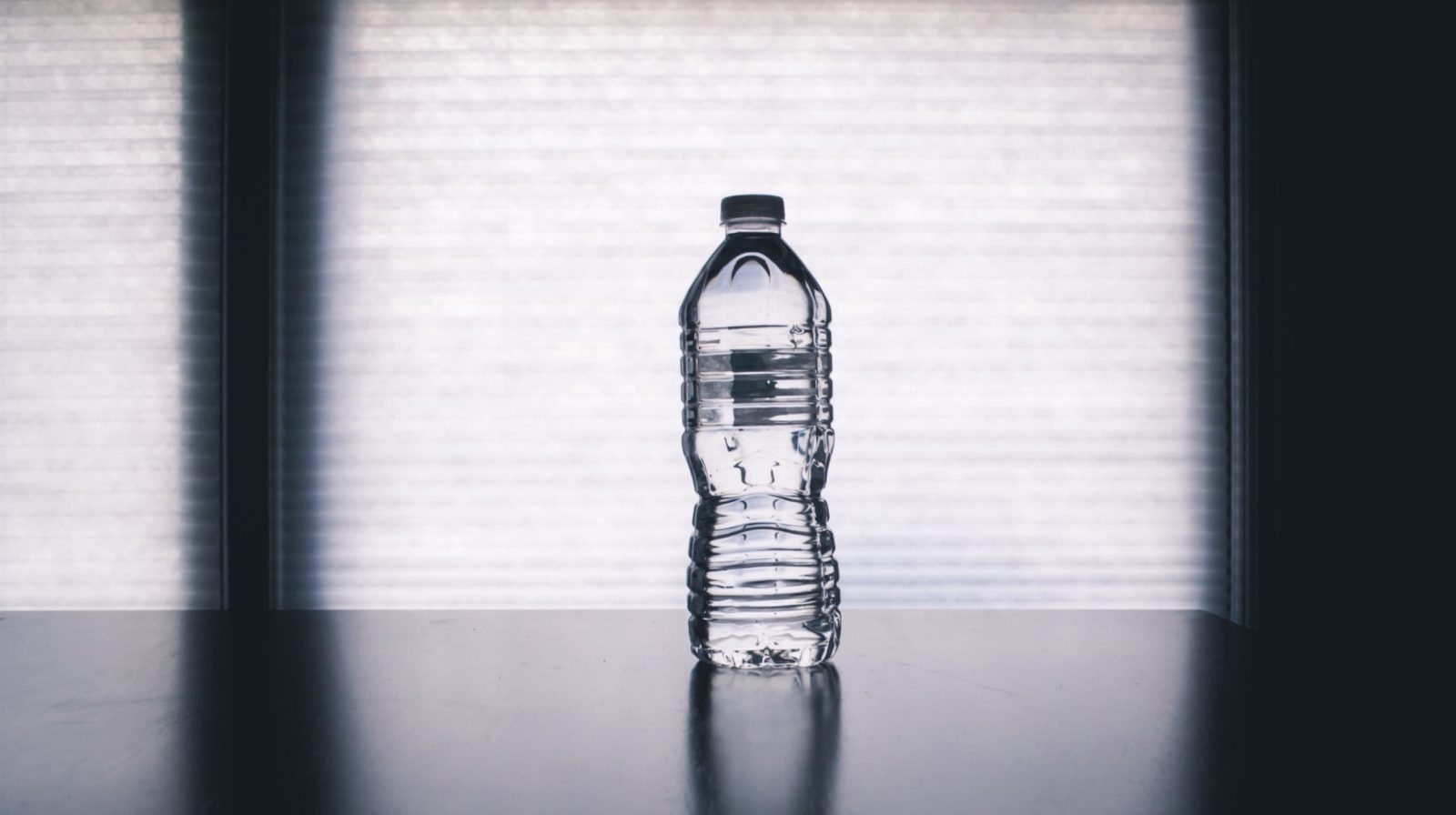 agua embotellada o de grifo